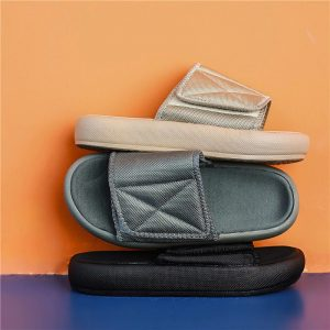 img_0_Men-Slippers-Nice-Kanye-Fashion-West-Summer-Flat-Sandals-Beach-Flip-Flops-Outdoor-Slippers-Shoes-Men
