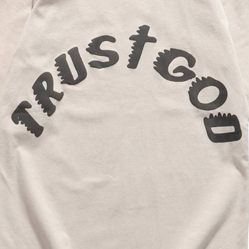 Jesus Is King Trust God T-Shirt